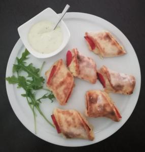 LAGANO & Bistro Pizzabrötchen mit Aioli Dip